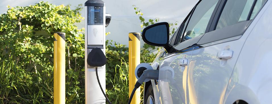 5 aspectos que debes comprobar al buscar fugas en las baterías para automóviles eléctricos